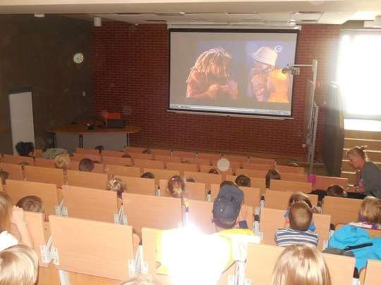 Internetowy teatr dla dzieci ze